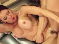 busty-and-milf-janette-mason-gets-her-pussy-hammered