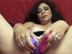 mature-slut-alesia-pleasure-uses-her-dildos-on-her-wet-twat