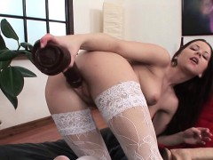 College Chick Uses Dildo On Her Wet Pussy