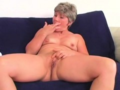 mature-but-nasty-granny