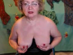 solo-granny-fingers-herself-her-pussy