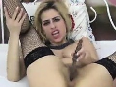 blonde-cam-whore-with-a-hairy-pussy