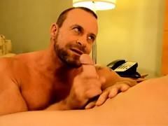 sexy-deep-throat-gay-men-kissing-twink-rent-dude-preston-get