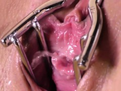 vanessa-deckers-gapped-pussy-pees-in-close-up