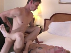 army-amateur-bareback-assfucking-soldier