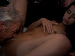 bree-olson-pov-blowjob-first-time-bruce-a-muddy-old-guy-love