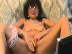 horny-mature-webcam-fingering