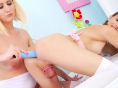Hot Tgirl Kelly Klaymour Gets To Fuck A Blonde Girl