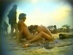 blowjob-in-the-beach