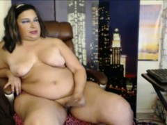 explore-real-fat-lady-and-show-her-some-love