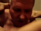 Masturbating mature gets her pussy licked