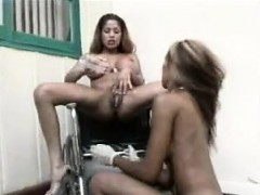 Ebony Lesbian Creamy Squirt In Mouth