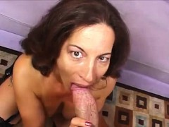 older-woman-appreciates-cock
