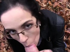 sexy-babe-with-glasses-gets-her-pussy-smashed-against-a-tree