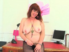 british-milfs-janey-and-jessica-stripping-off-and-playing