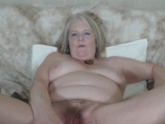 busty-chubby-granny-fucks-her-hairy-pussy
