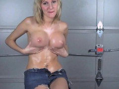 Girl Nude That Is Wet
