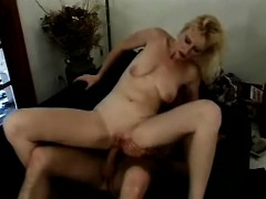 Sexy Slender Blonde Mom Stuffs A Long Cock Deep Inside Her Hungry Ass