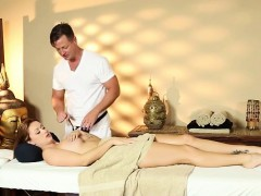 Secret Masturbation And Havingsex In Special Tricky Spa