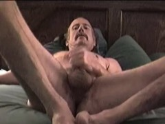 Mature Amateur Bob Jacking Off