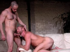 muscled-gay-cum-sprayed