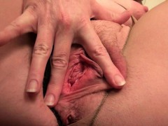 american-milfs-shelby-and-tracy-stripping-off-at-the-office