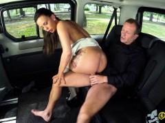 Fuckedintraffic – Czech Alicia Wild Fucked In The Backseat