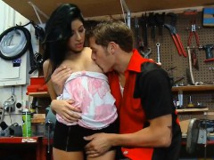 chris-johnson-and-kimberly-gates-fuck-after-garage-work