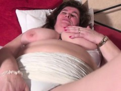 joey-from-1fuckdatecom-mature-bbw-mom-with-unshaved-pussy