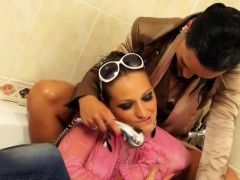 Fancy Lesbians Having A Shower Together Online