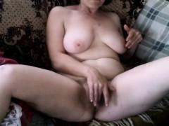 mature-beauty-sensual-masturbation-webcam