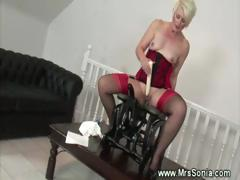 mature-plays-with-sex-machine