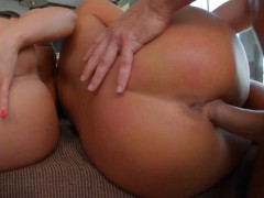 give-me-pink-presents-anne-pleasuring-herself-solo