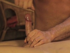 relaxing-erotic-massage-for-gay