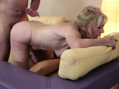 delicious-mature-minx-mumsy-having-hattie-from-1fuckdatecom