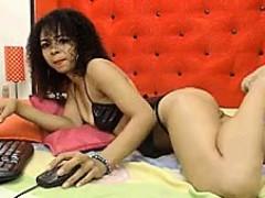 latina-feet-show