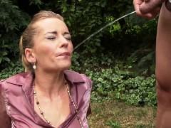 jizz-faced-slut-pissing