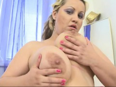 massive-breasted-wife-playing-with-thelma