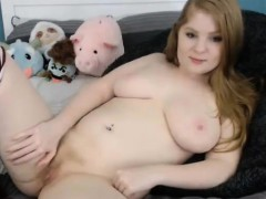 redhead-chubby-round-ass-toying
