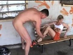 Жесткое порно Большие сиськи На публике Любительское фото 8