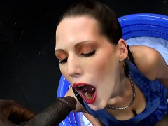 extreme-waterports-with-milf-viktoria-666bukkake
