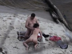 voyeur videos this parents about the beach