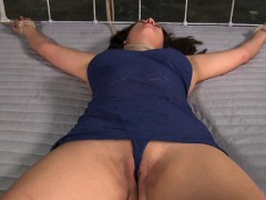 hot-hotty-is-tearing-up-from-her-hardcore-torture