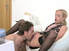 dude licks and fucks female agent in her office