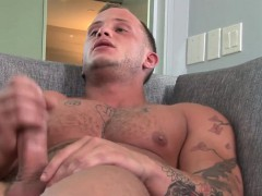 Ripped Soldier Jerks Dick