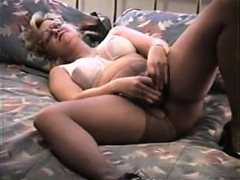 Sexy Wife Toying Her Muff