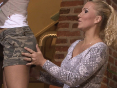he-finds-milf-and-teen-lesbian-in-action