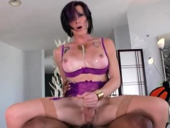 Mature Shemale Gets Her Anal Fucked By Big Black Cock