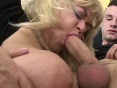 giant-mature-sex-bomb-milf-gets-a-elmira