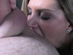 blonde-rimming-big-cock-taxi-driver-in-his-cab